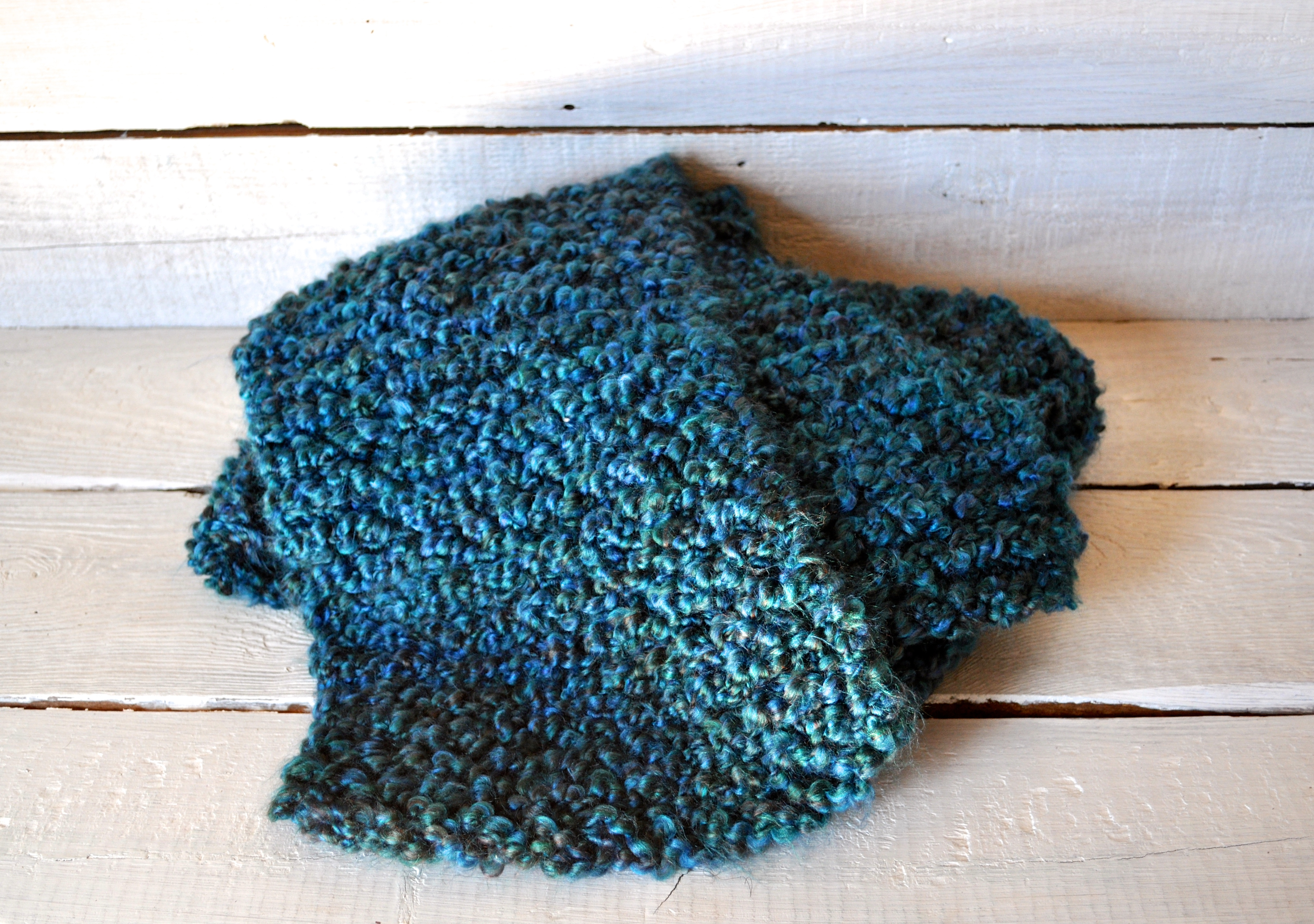 Homespun Yarn Knitting Patterns : Chunky Knit Scarf and Tips for Working with Homespun Yarn   a small life