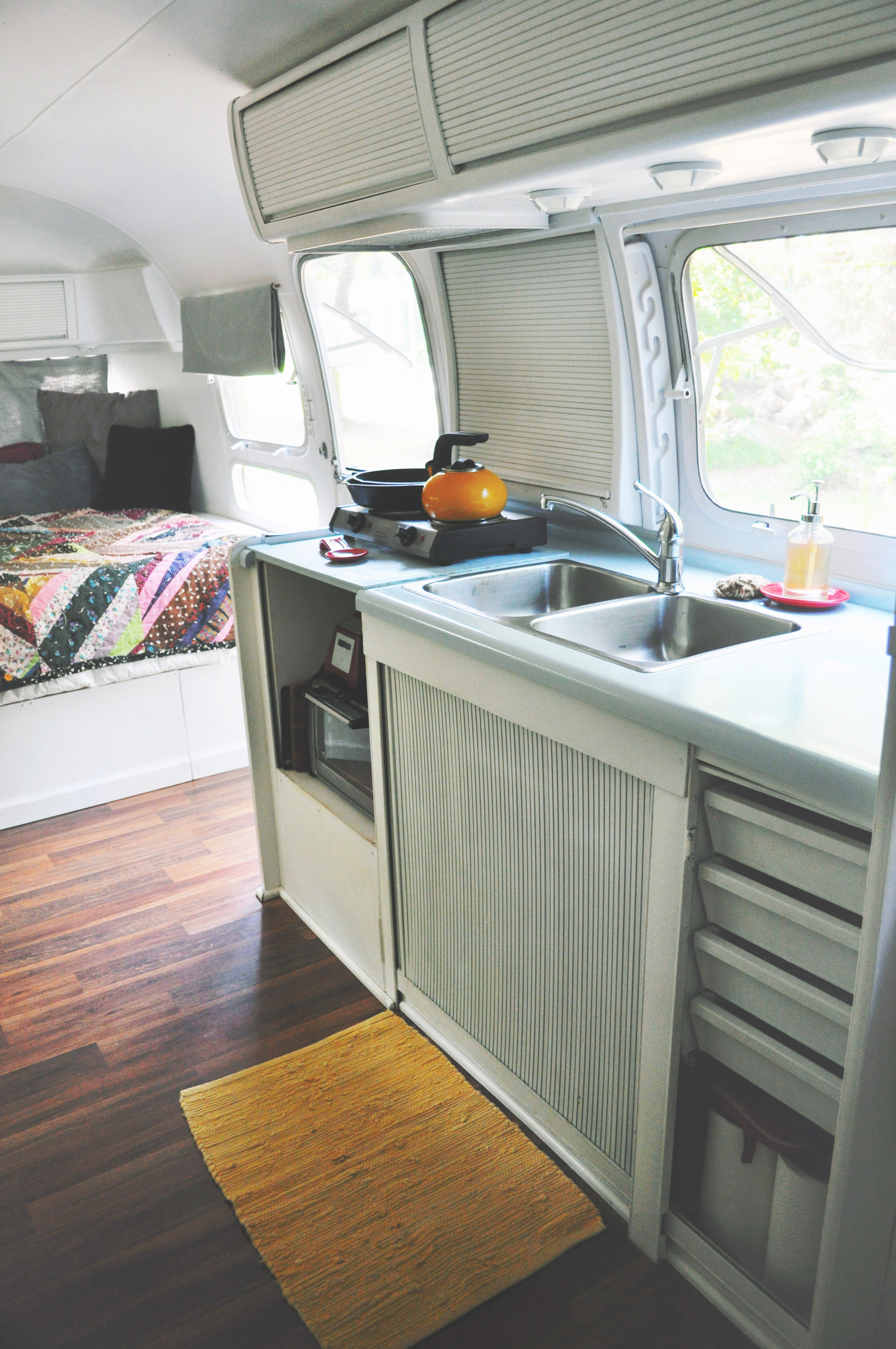 Small Airstream Trailer >> Our 1978 Airstream Sovereign Land Yacht Remodel: The ...